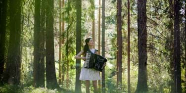 Sunniva Brynnel with Accordion